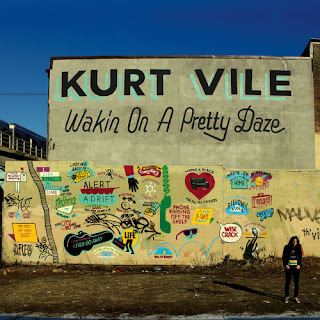Kurt Vile - Wakin on a Pretty Vile