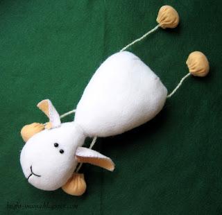 овечка игрушка из фетра своими руками