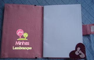 parte-interna-kit-caderno-feltro-lápis-marcador-página-personalizado