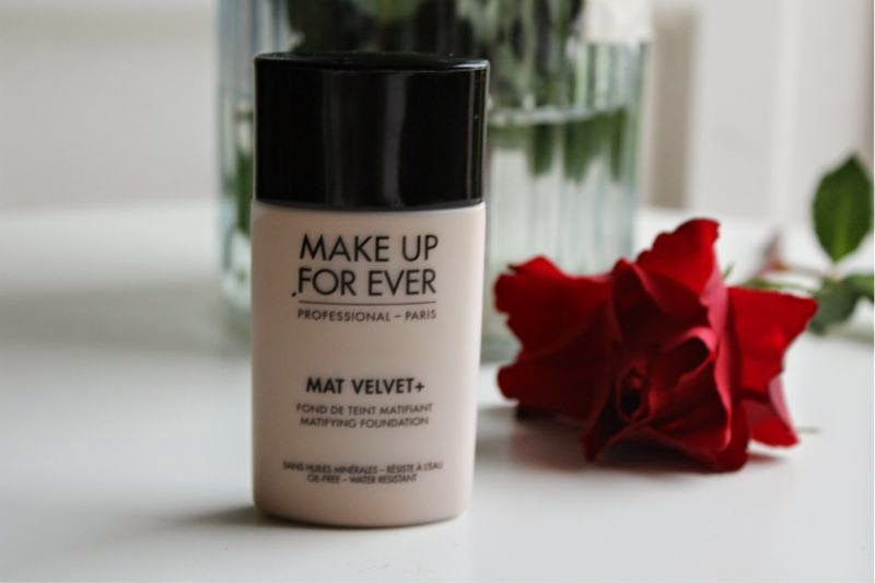 Make Up For Ever Mat Velvet + Foundation