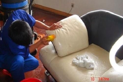 Giặt ghế Sofa da