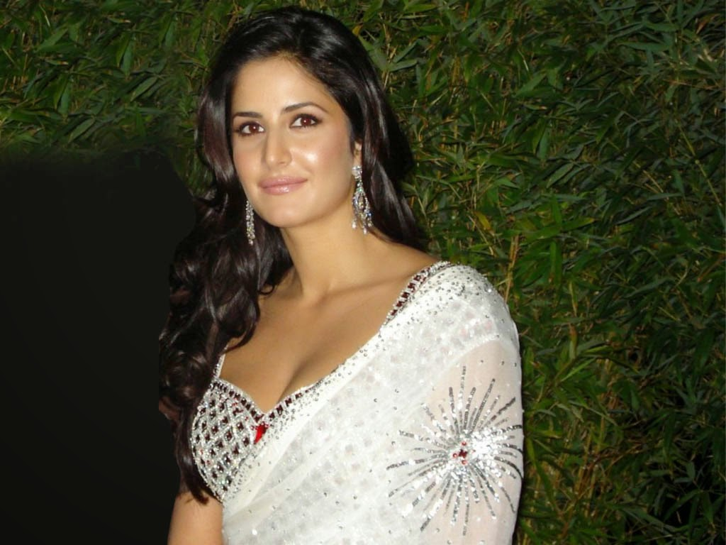 Hot And Sexy Bollywood Katrina Kaif Photos Wallpapers Pics Images