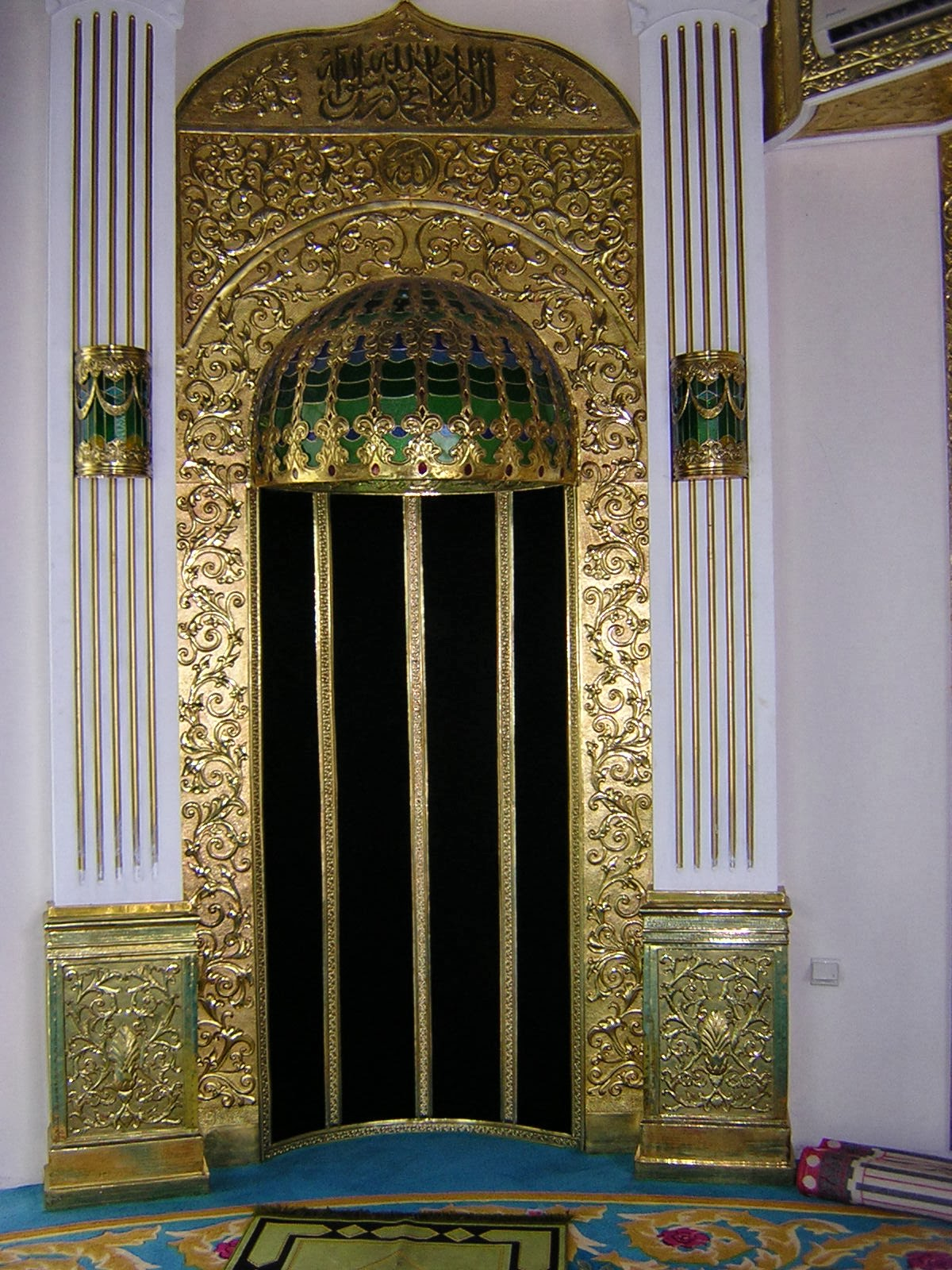 ORNAMENT MASJID