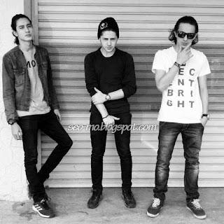 Foto Evan Marvino dengan Cemal Faruk dan Dylan Carr