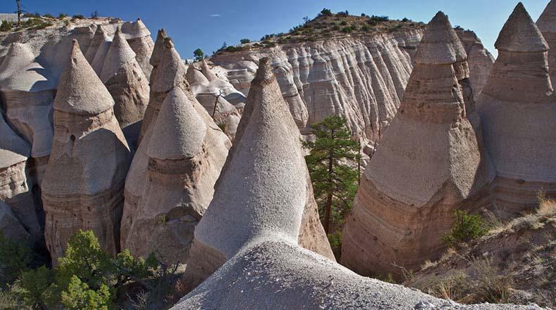 Kasha Katuwe: Un área geológica única con formaciones rocosas que se asemejan a carpas