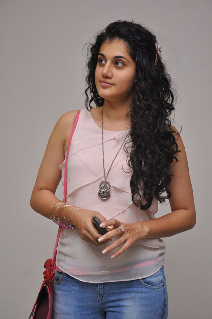Tapsee in jeans and top at social event