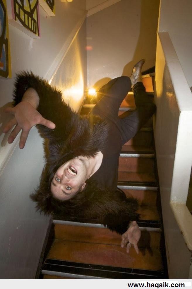 Drunk Girl Falling Down Stairs MEMES