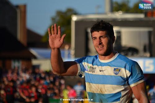 Tomás Cubelli firmó contrato con la UAR