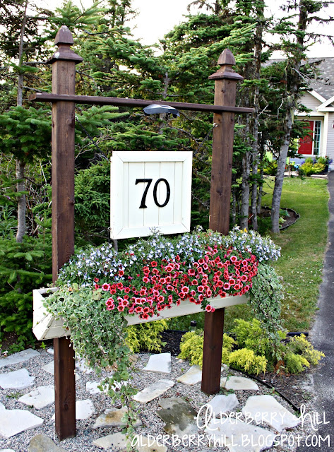 1 pm024 House Number Sign