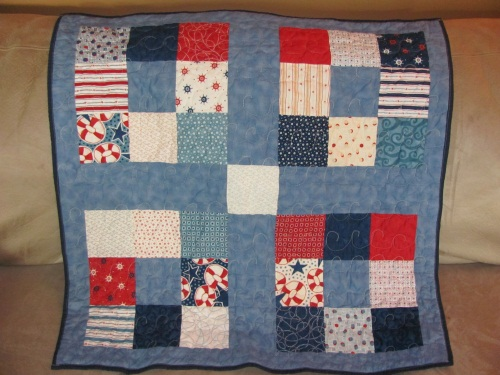 Fabric mom 39 s blog nautical themed baby quilt for Baby themed fabric