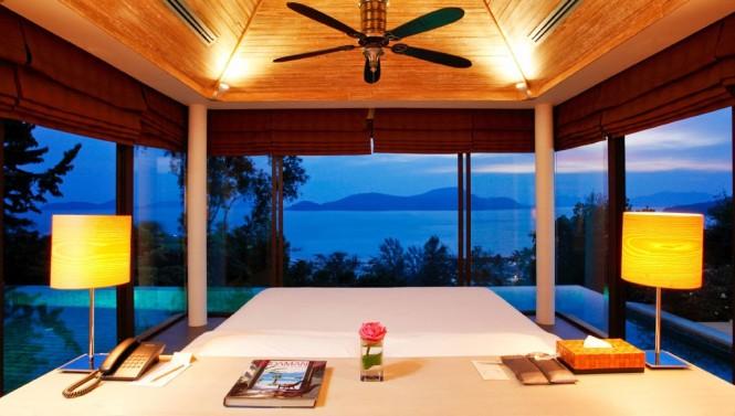 Baños Estilo Tailandes:Los techos altos ofrecen espacios frescos para dormir, funcionan entre