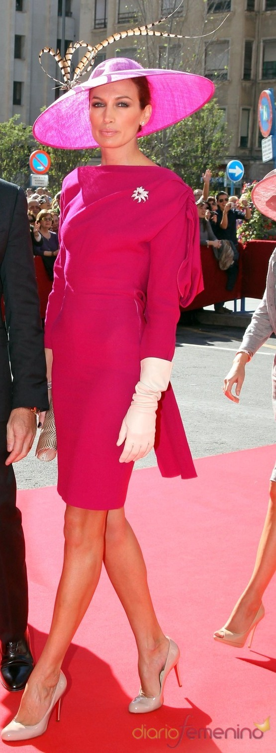 Asombroso Vestidos De Cóctel Para Llevar A Una Boda Imágenes ...
