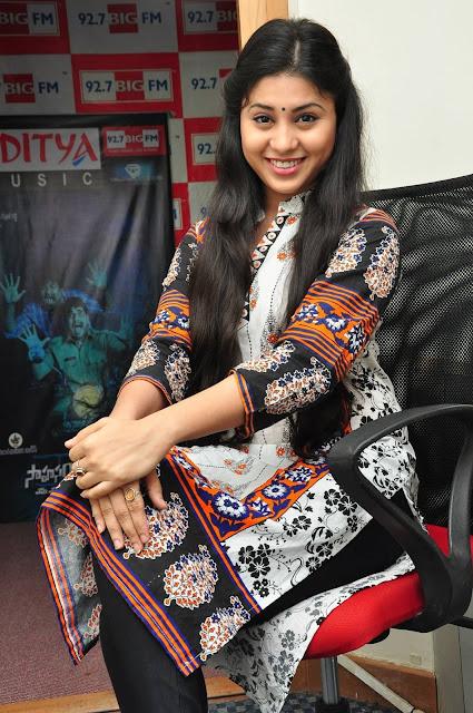 Hamida Latest Stills At Sahasam Seyara Dimbhaka Song Launch