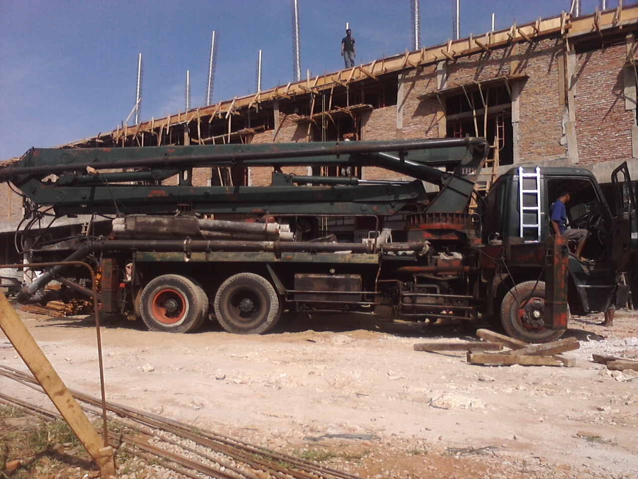 cv  azka sinar prayoga  readymix beton cor