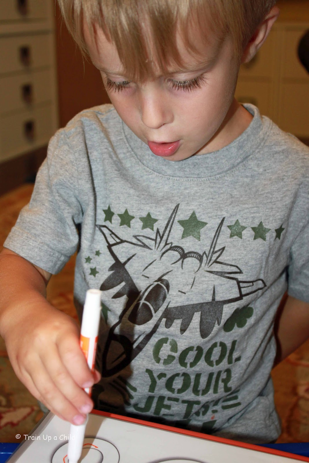 Nice Qi Shadow Fun Learning Worksheets For Children With Shadow ...