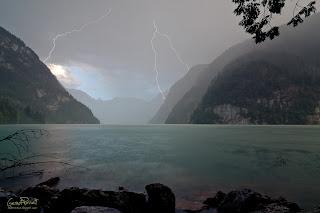 Gewitter --- Blitze