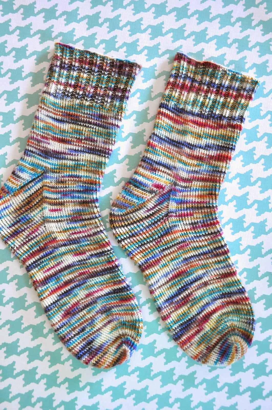 Little Bit Funky: how to knit socks {a beginning beginners guide to ...
