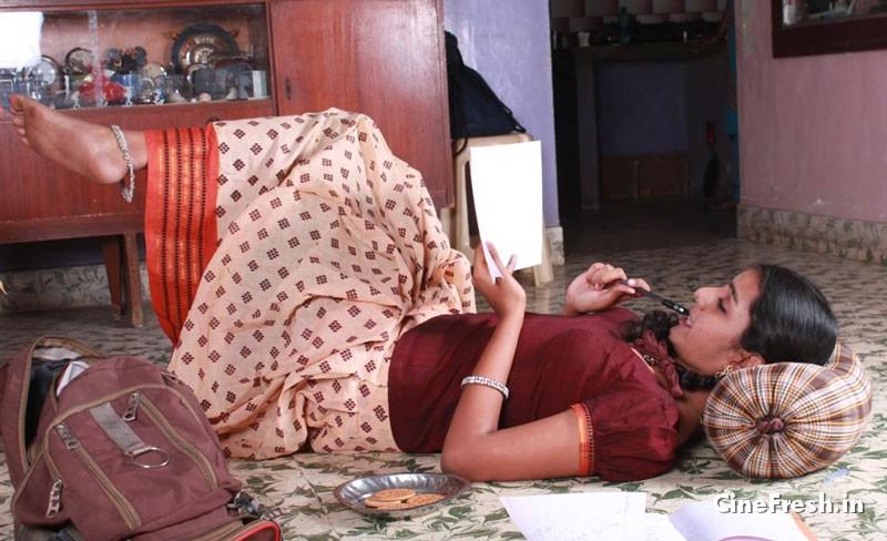 Divya Hot Stills New Actress Divya Hot Stills unseen pics