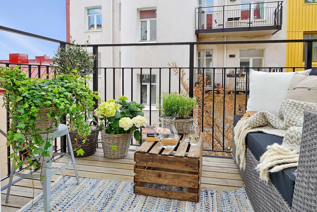Decoraci n f cil decorando la terraza con cajas de fruta - Decoracion cajas de fruta ...