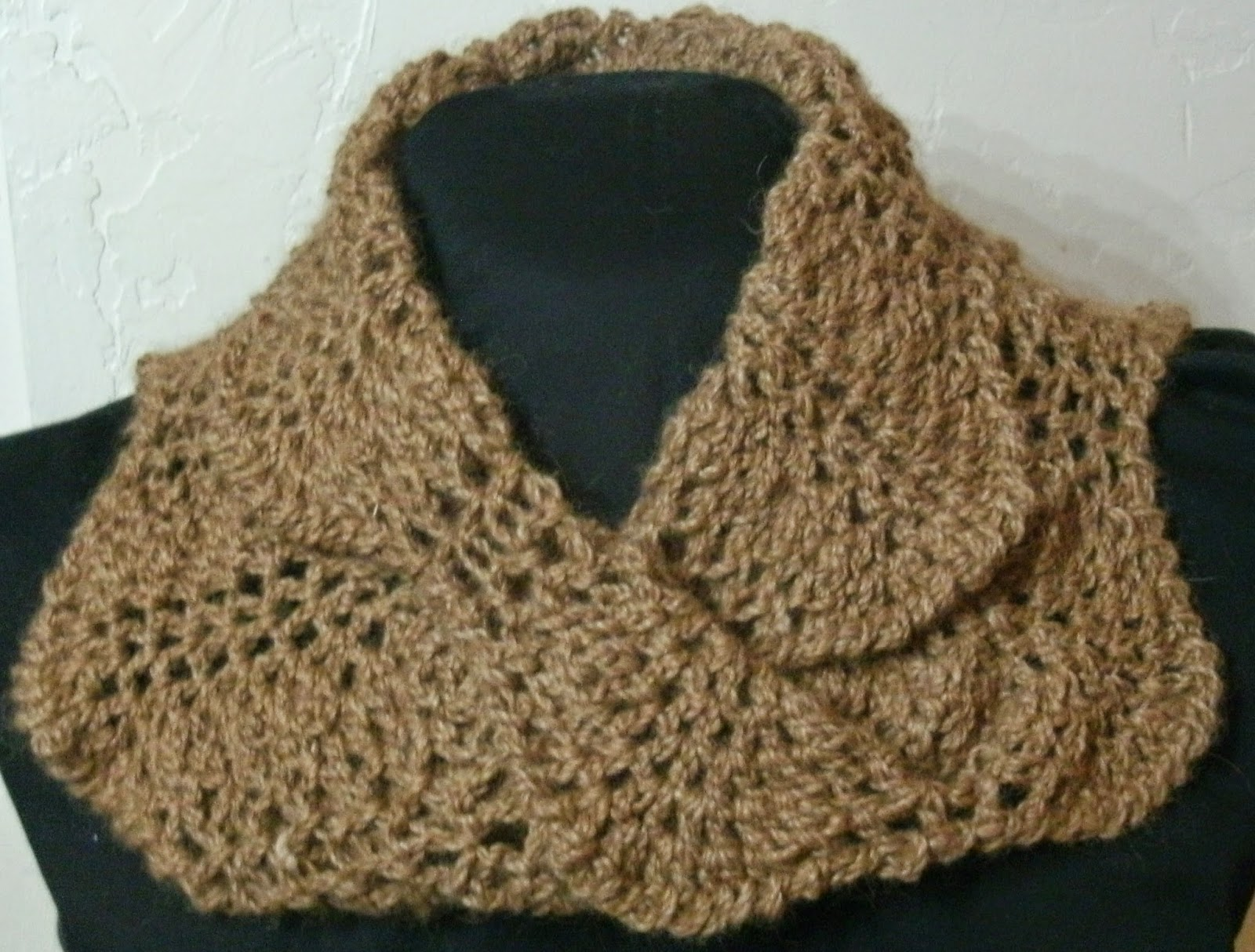 Stitch Whisper: Seeking Test Crocheters for a Mobius Cowl to crochet ...