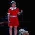 Ed Sheeran se veste de personagem da Broadway e apresenta 'Don't' e 'Sing' no 'Jimmy Kimmel Live'