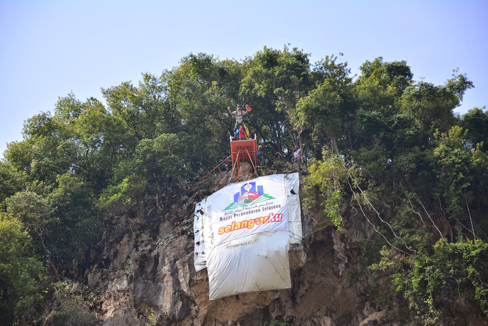 Image result for gua damai base jump