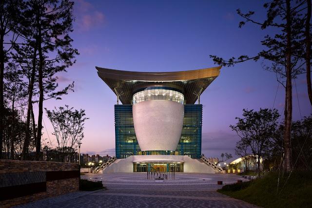 01-Gyeongju-Arts-Center por Samoo-Arquitectos-Ingenieros
