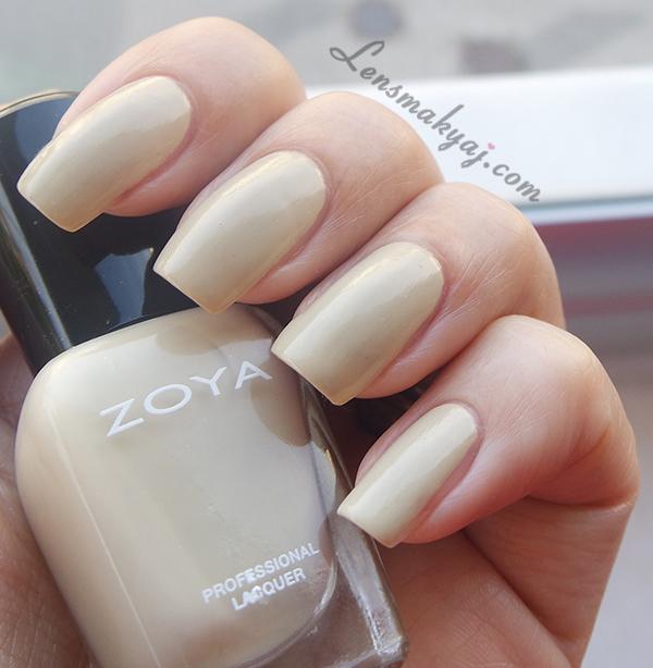 Zoya Charlott