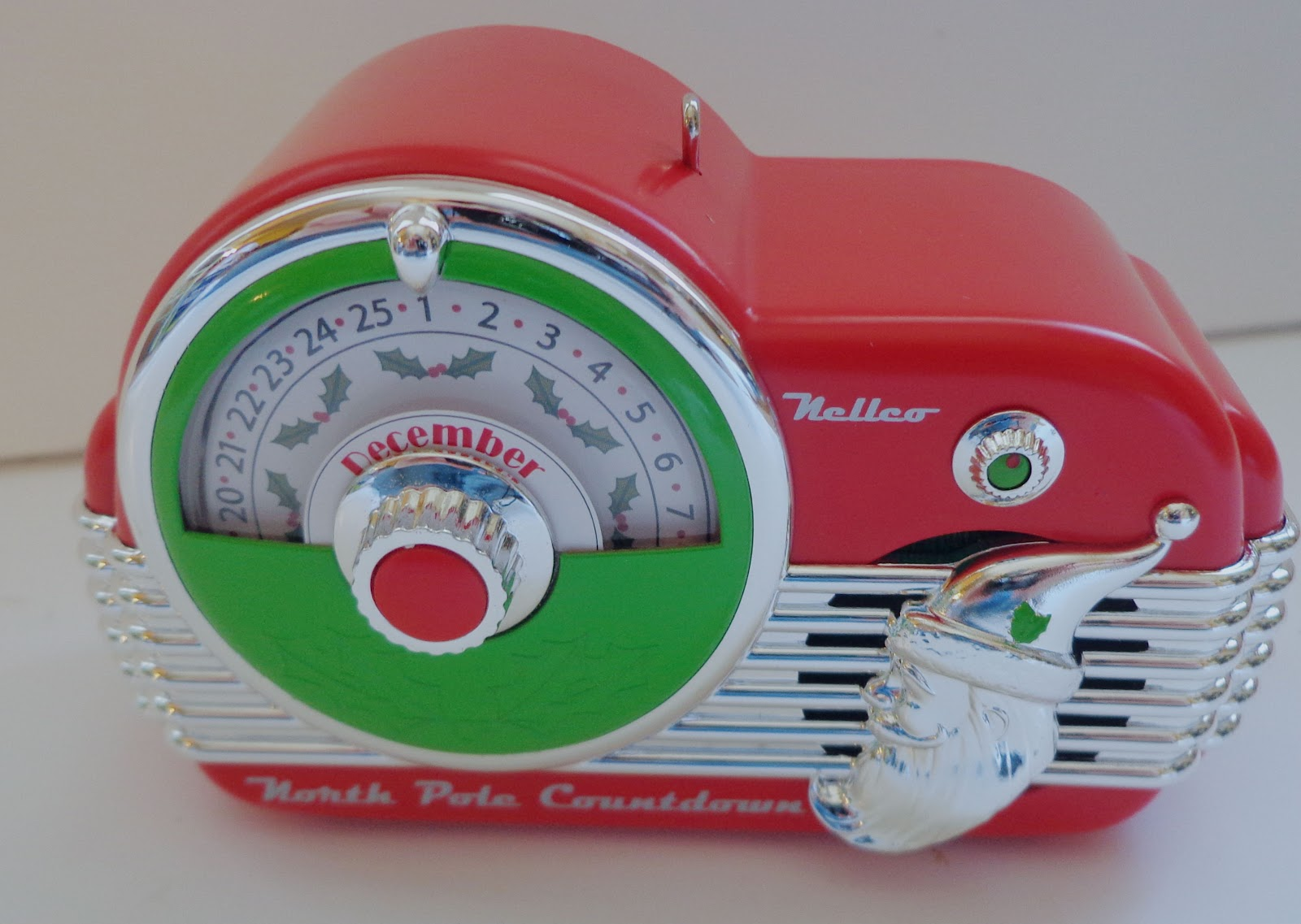 hallmark cards  u0026 north pole countdown ornament  giveaway