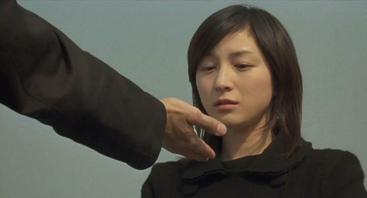 departures-okuribito-riyoko hirosue