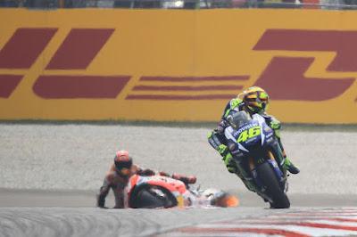 Rossi: Saya Tidak Rela Start Paling Belakang di Kandang Lorenzo