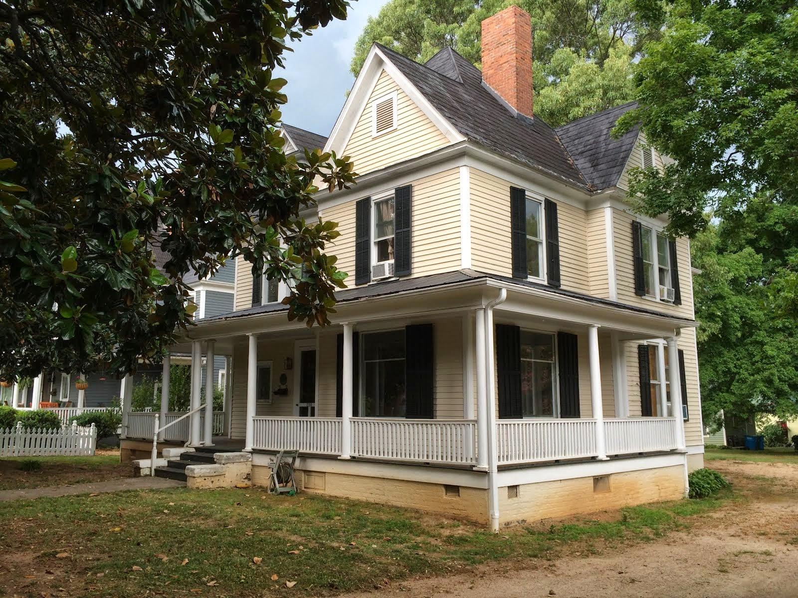 226 S. Ellis Street, Salisbury NC ~ CIRCA 1900 ~ $200,000