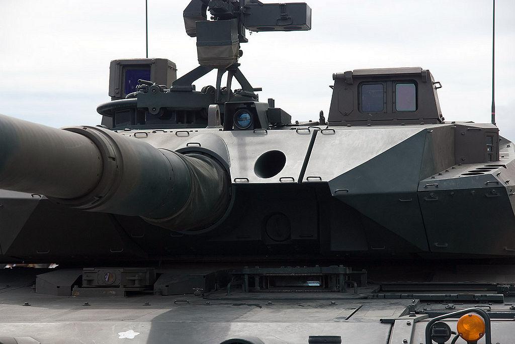 japon +Type+10+%252810%25E5%25BC%258F%25E6%2588%25A6%25E8%25BB%258A+Hito-maru-shiki-sensya%2529+Japanese+main+battle+tank+Japan+Ground+Self+Defense+Force+%252812%2529