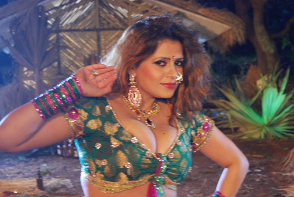 bhojpuri actress sapna - photo #13