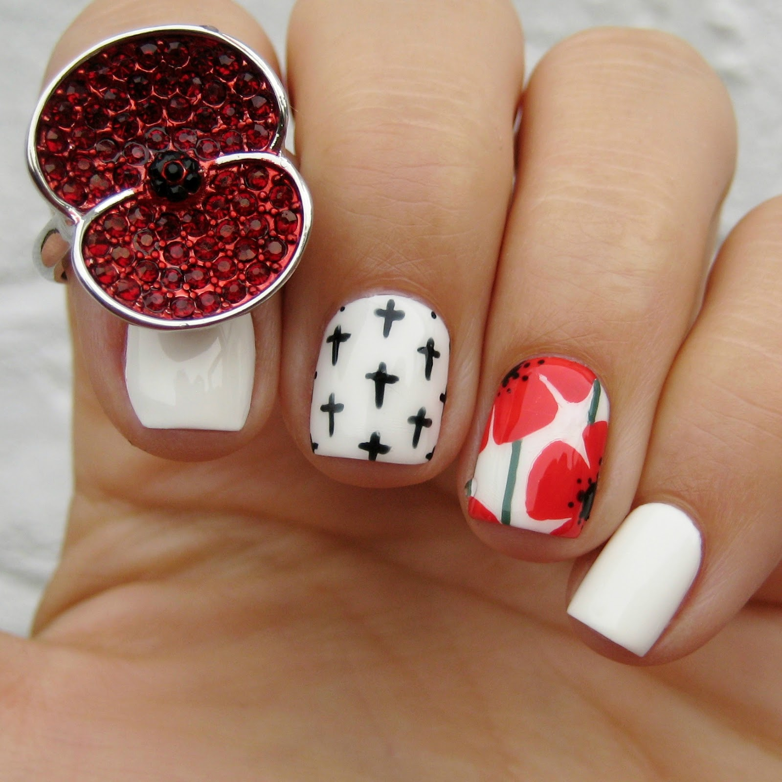 Dahlia Nails The Poppy Collection