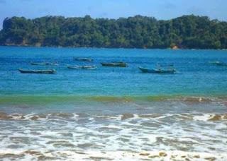 gambar foto keren Pantai Tamban - Pantai Yang Akan Obati Stres Anda