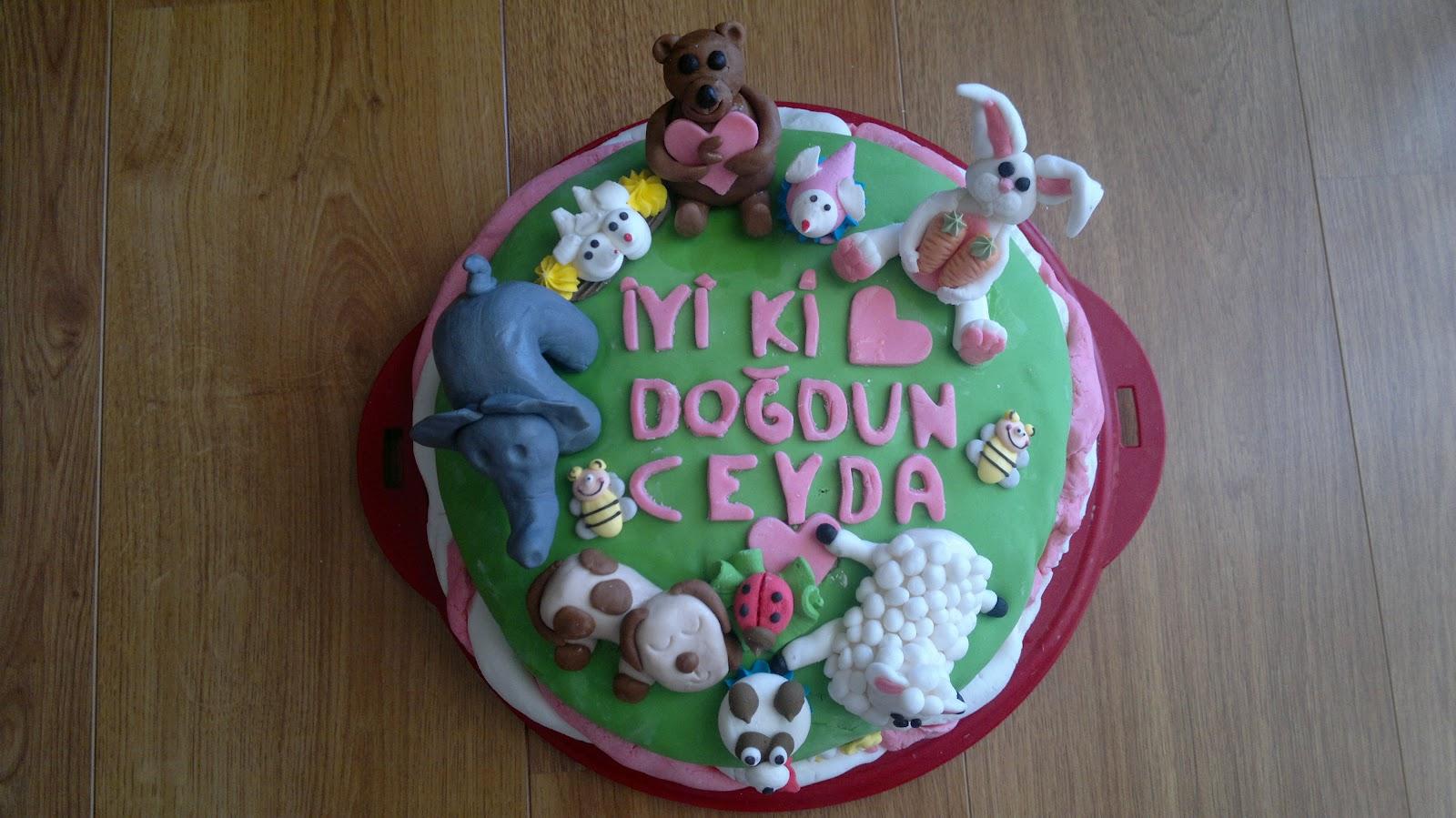 Hayvanlar alemi yaş günü pastasi