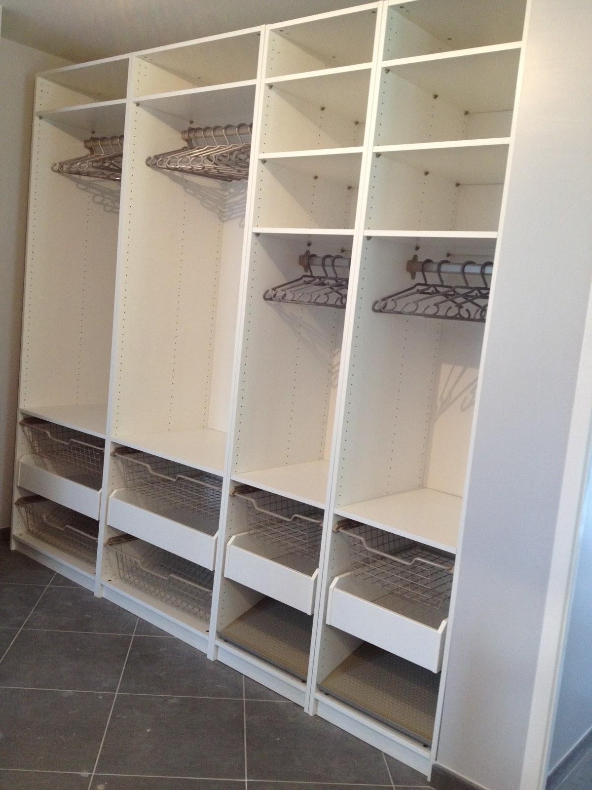 confessions d 39 une beaut holic les rangements c 39 est la vie. Black Bedroom Furniture Sets. Home Design Ideas