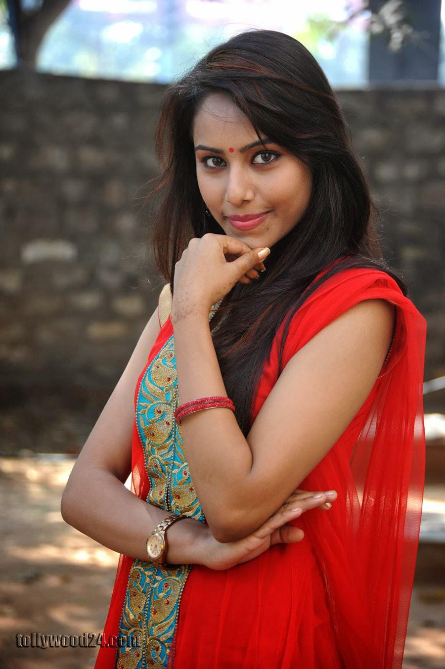 Beautiful Khenisha Chandran Photos Gallery-HQ-Photo-4