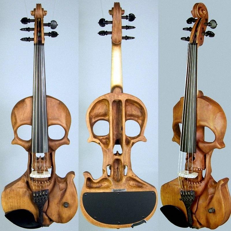Stratton Violin - Elektrisk violin formet efter et kranium