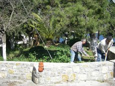 Διαβαστε Δαμαλίτη. http://stamdamd.blogspot.com/Και οχι μονο…