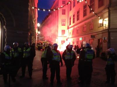 Но, шведская полиция встала на сторону нацистов