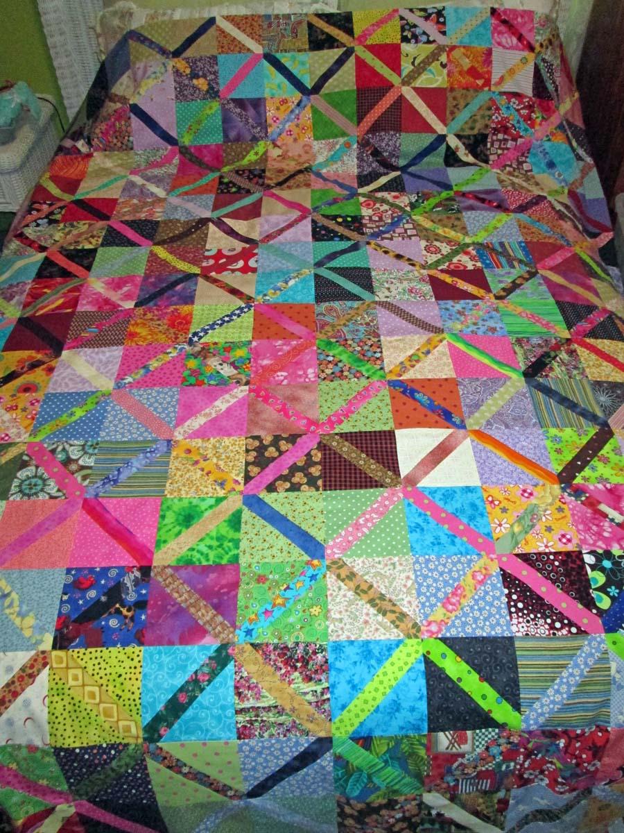 Triangle Quilt Pattern Texture Photos : Treasures-n-Textures: Scrappity-Do-Dah Quilt