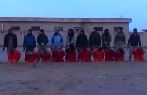 Grupo ISIS Asesina a 10 Hombres
