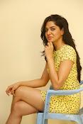 Sakshi chowdary sizzling pics-thumbnail-1