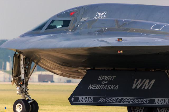 B-2 Spirit taxi