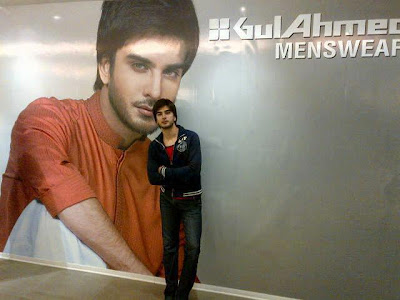 A handsome click of Imran Abbas In PhotoShooot -Pakistan Celebrities