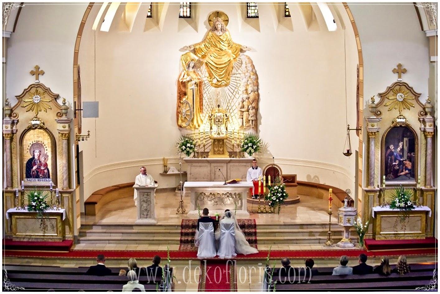 ślubna dekoracja kościoła opolskie Dobrzeń Wielki