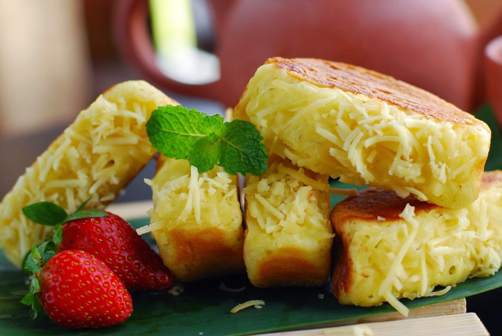 Resep kue pukis, cara membuat kue pukis, kue pukis keju, resep kue, bahan-bahan membuat kue pukis.