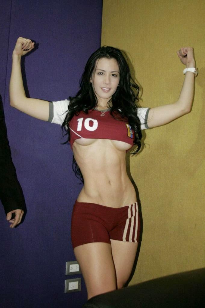 Copa América Chile 2015. Bellas aficionadas, sexys, lindas mujeres, hermosas latinas hot, chicas guapas. Imágenes y fotos. Fútbol.